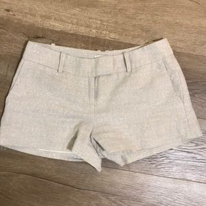 Linen shorts with silver glitter thread